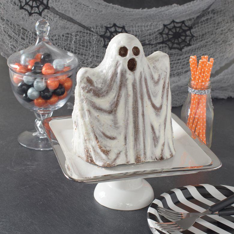 Halloween Haunting Ghost Cake Pan