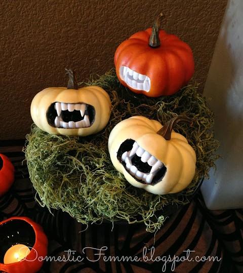 DIY-MiniVampirePumpkins