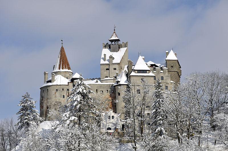 Castelul-bran-iarna