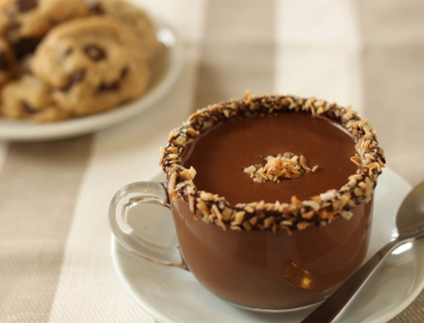 almond-joy-hot-chocolate-recipe