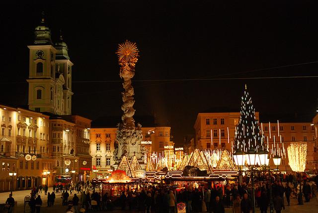c_pichler_flickr_Linz_Austria_xmas_market