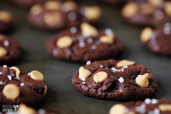 salted-dark-chocolate-peanut-butter-cookies