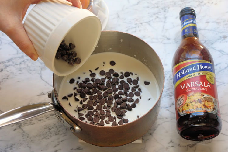 Caramel Marsala Cooking Wine Fondue