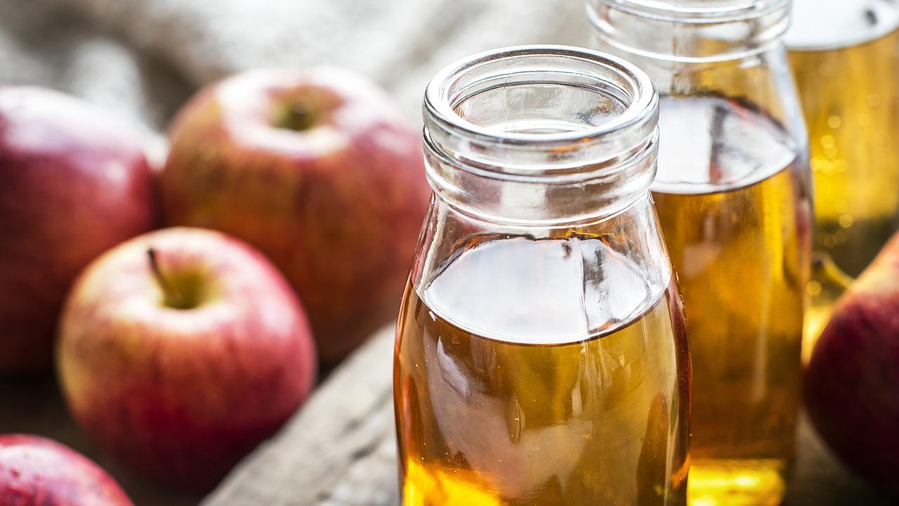 Apple Cider Vinegar benefits and drink recipes