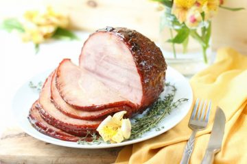 Peaches, Honey And Wine Glazed Ham With Thyme