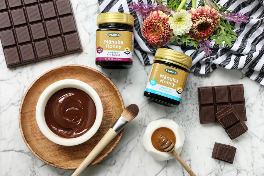 Easy DIY Chocolate + Manuka Honey Face Mask Recipe