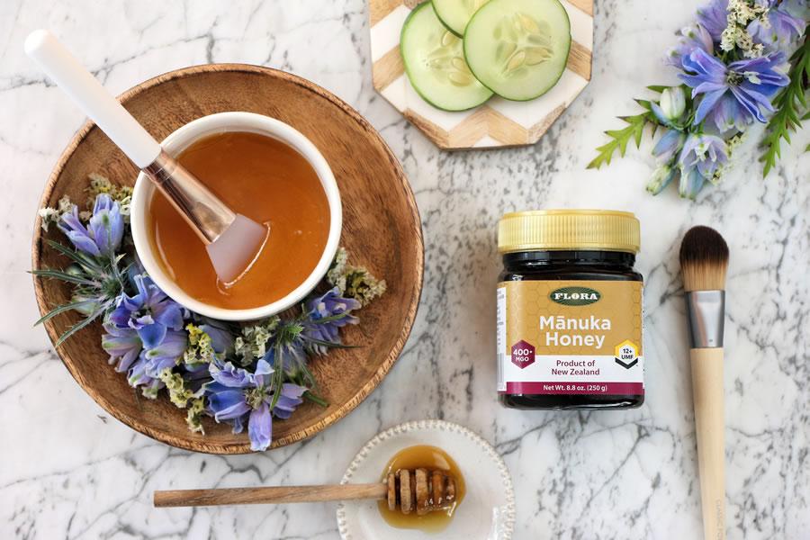 6 DIY Manuka Honey Face Masks Authentic Manuka HOney Flora Health | www.onbetterlivng.com