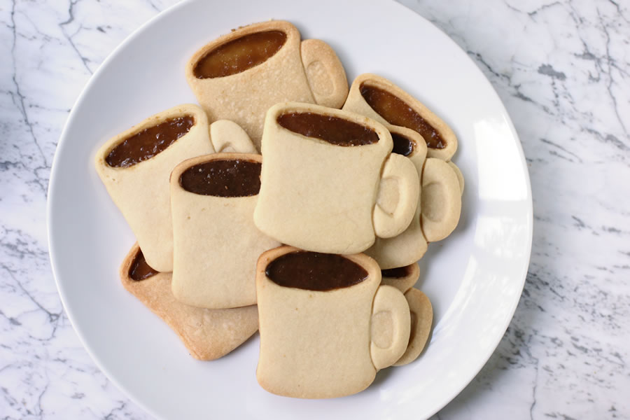 Coffee Mug Cookies | https://onbetterliving.com